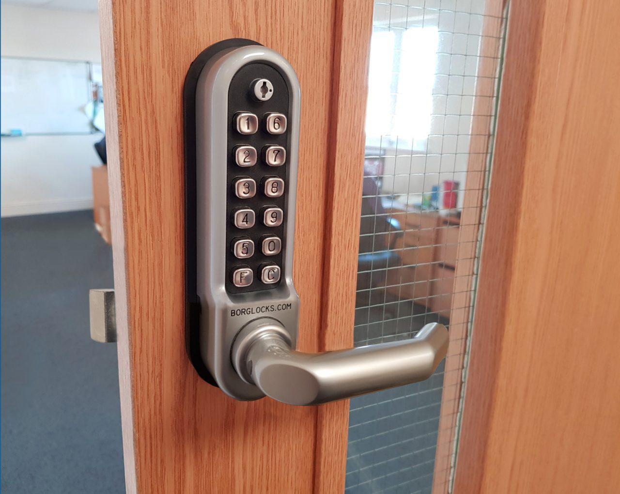 5008 ECP SC keypad door lock