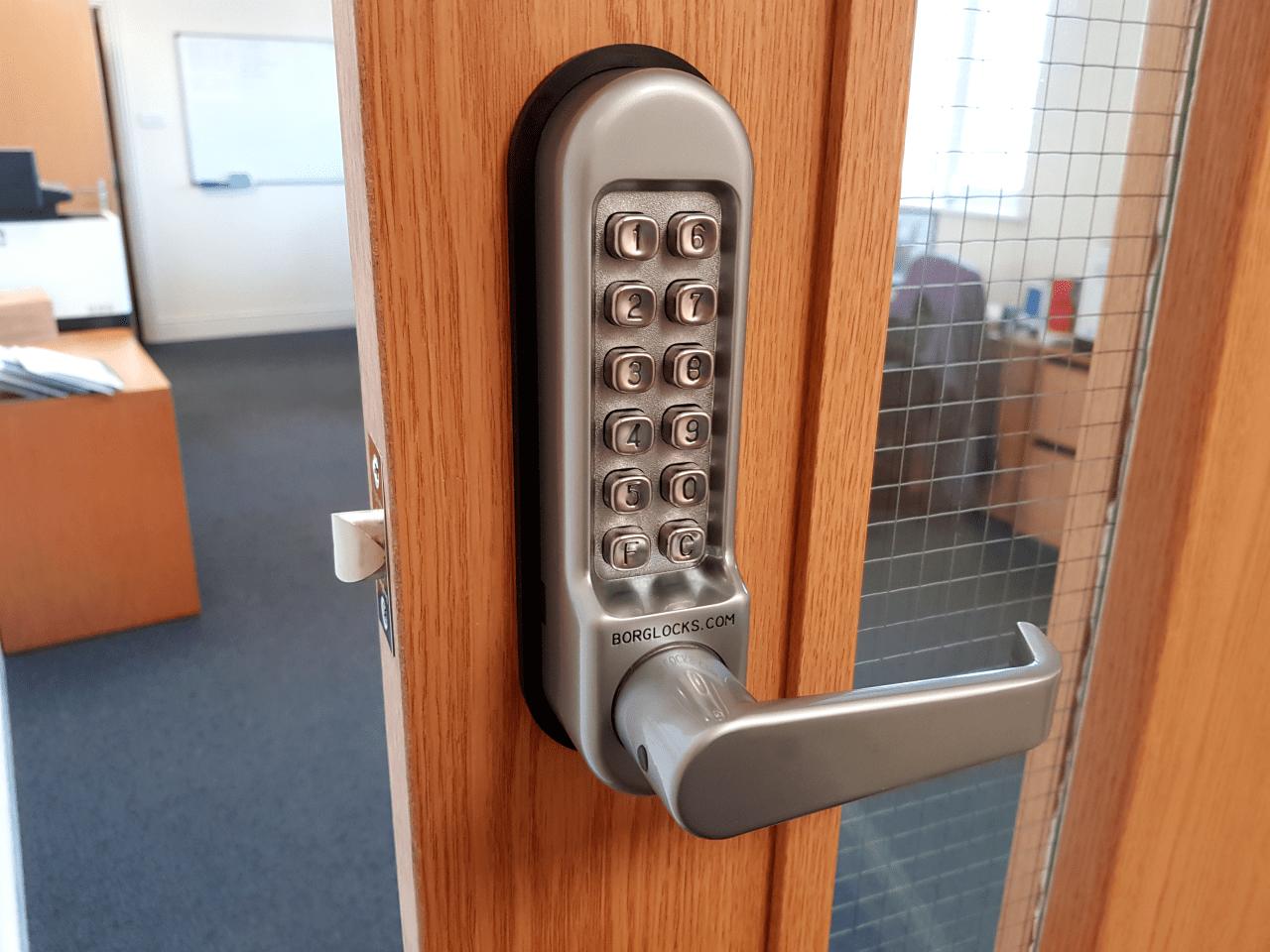 The BL5401 digital combination lock from Borg Locks