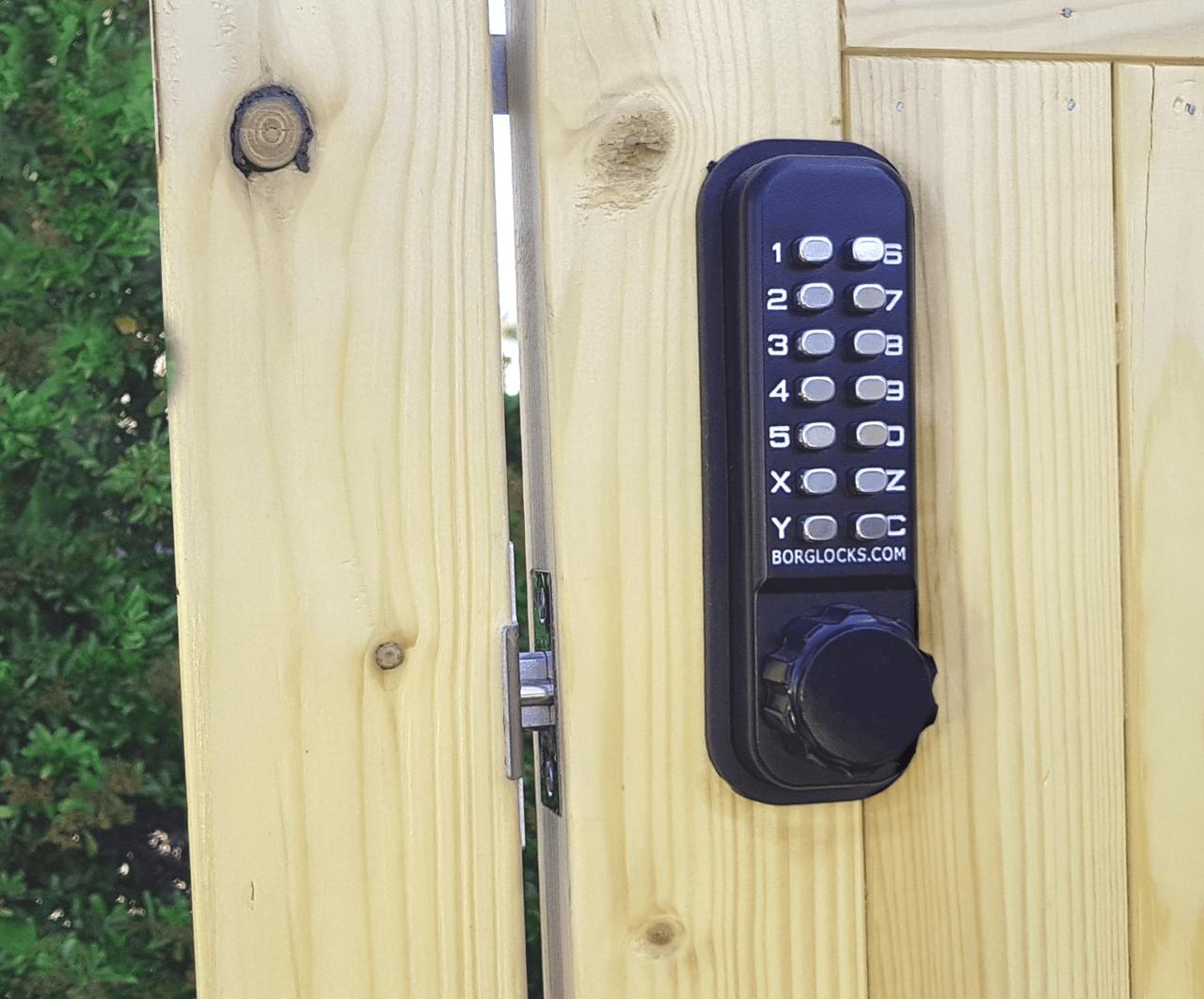 BL2601 digital combination gate lock from Borg Locks
